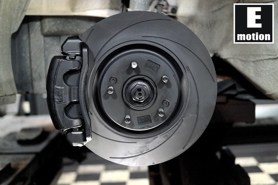 [ 아반테MD ] 블랙에디션 XG2P 브레이크 장착완료